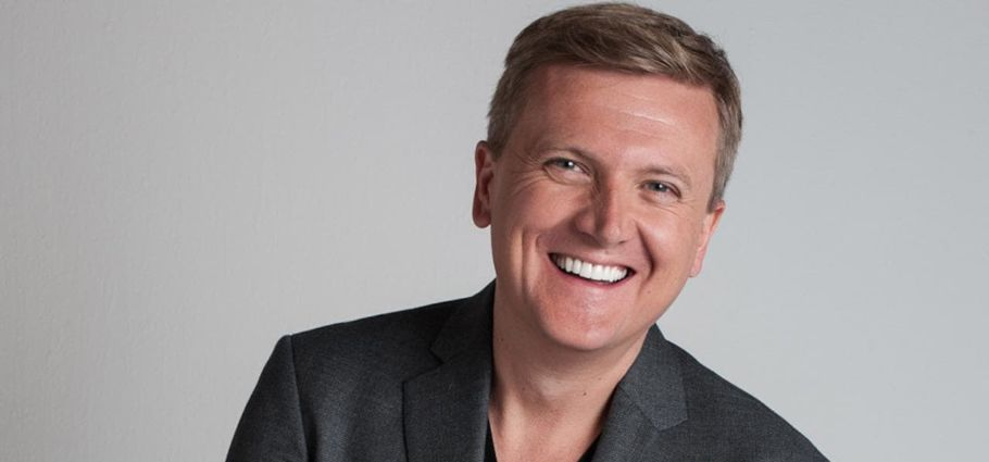 Five Facts of Aled Jones, Emilia Jones Father!