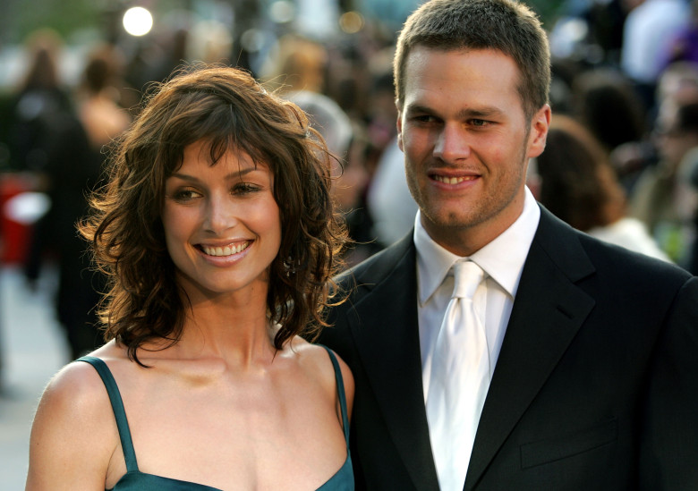Actress Bridget Moynahan and quarterback Tom Brady and arrives at the Vanity Fair Oscar Party at Mortons on February 27, 2005 in West Hollywood, California.