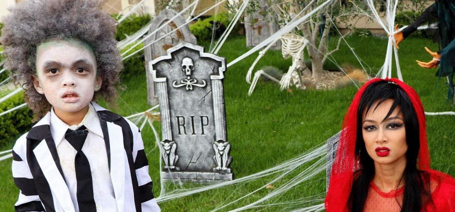 Jru Scandrick and mom, Draya Michele celebrating Halloween.