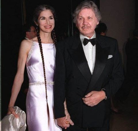 Charles Bronson and Kim Weeks at the International Achievement Arts Awards in 1998.
